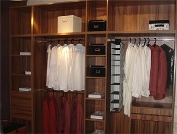入墙衣柜怎么做?