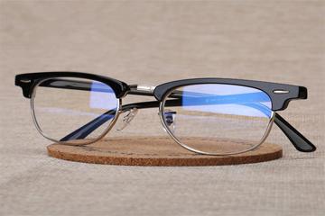 防辐射眼镜真的有用吗?它的作用有哪些?