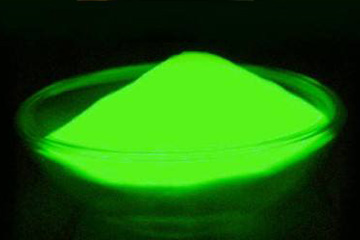 一起来了解夜光粉怎么使用才能达到最佳效果